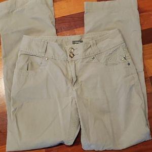 Cabela's Khaki Casual Pants Straight Loose 6 EUC